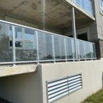 aluminum glass railing in barrie
