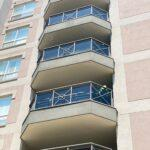 Aluminum balcony railing with glass in Mississauga