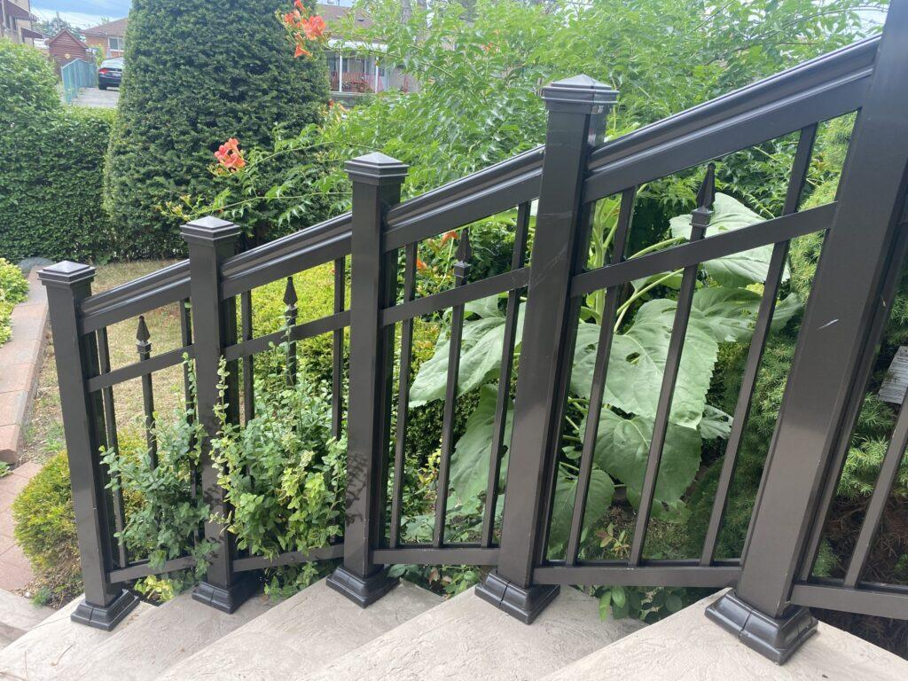 aluminum railing on curved stairs in toronto